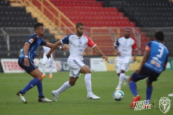 Álvaro Saborío anotó para San Carlos ante el Municipal de Pérez Zeledón. Fotografía: Facebook San Carlos.