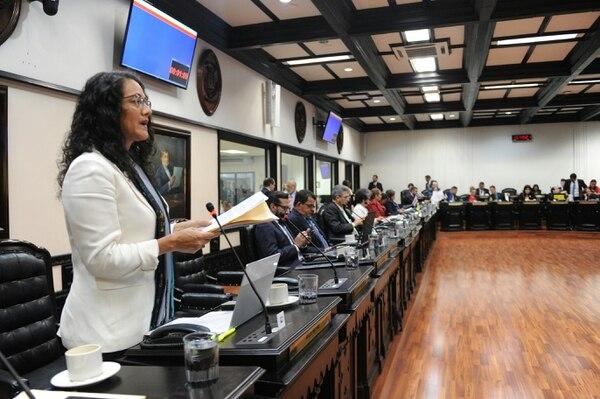 Diputados concuerdan en que proceso para aprobar préstamos y proyectos en general, es lento. Foto: Melissa Fernández