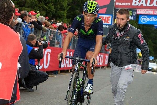 Andrey Amador al llegar a la meta en Madonna di Campiglio, en la etapa 15 del Giro de Italia.