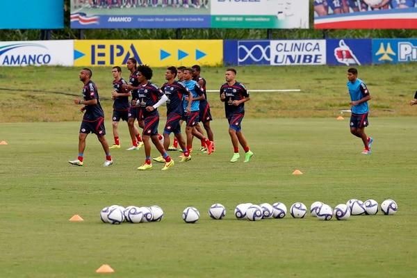 La Selección Nacional entrenó la mañana de este viernes en el Proyecto Gol.