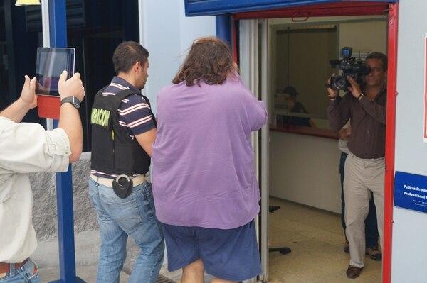 El foráneo fue llevado a Migración, en La Uruca.   CORTESÍA MIGRACIÓN