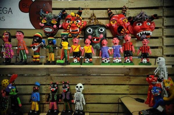La Feria Hecho Aquí –creada en la administración actual– se celebra en la Aduana y convoca a docenas de artesanos de todo el país. DIANA MÉNDEZ.