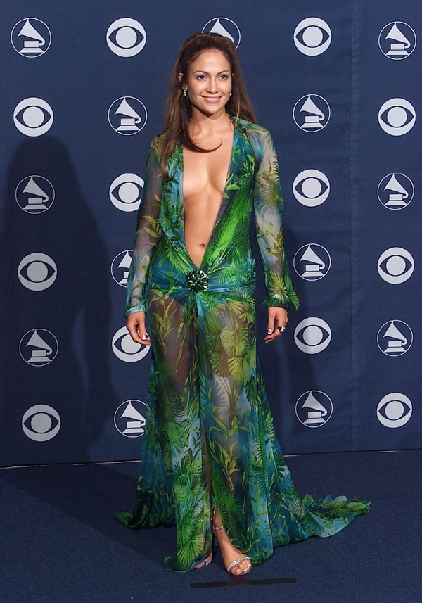 Mandatory Credit: Photo by Bei/REX/Shutterstock (4374464h) Jennifer Lopez Award Room at the 42nd Annual Grammy Awards February 23, 2000 Los Angeles, CA Jennifer Lopez Award Room at the 42nd Annual Grammy Awards held at the Staples Center. Photo® Eric Charbonneau / BEImages