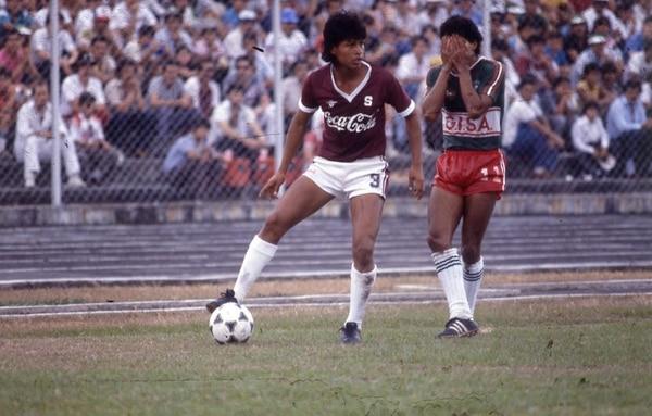 Benjamín Mayorga jugó con Saprissa y Herediano. | ARCHIVO