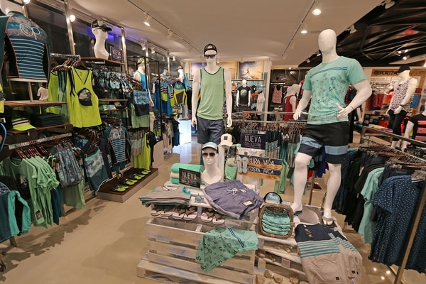 Además de la apertura de nuevas tiendas, la marca atraviesa por un proceso de renovación.