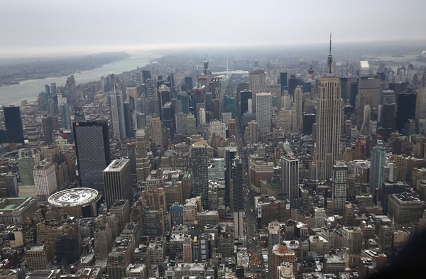 Aunque los alquileres varían por barrio, el alquiler mensual para un apartamento promedio de dos dormitorios en Nueva York ha aumentado de 1.938 dólares en enero de 2011 a 2.831 dólares en enero de 2019, según un análisis del bufete Rainmaker Insights. Foto: Archivo