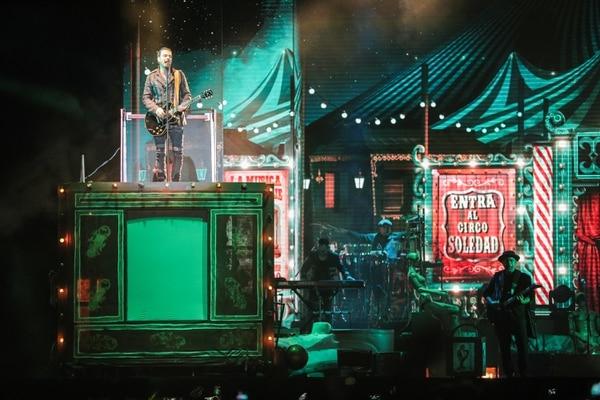 La puesta en escena de Circo Soledad cuidó cada uno de los detalles. Arjona salió de sorpresa, como es su costumbre. Foto: Jeffrey Zamora.