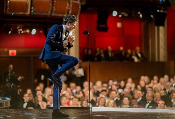 Cuando el representante de Redmayne recibió la noticia de la nominación al Óscar, corrió a buscarlo. El actor estaba dormido... y desnudo.