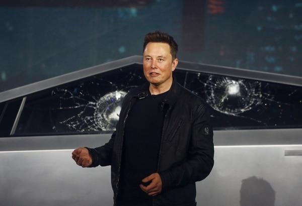 A solo un mes de haber contraído matrimonio con Depp, Amber le fue infiel con el multimillonario empresario Elon Musk. Fotografía: AP