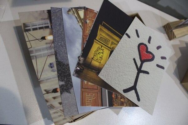 Tarjetas postales marca Traveler.
