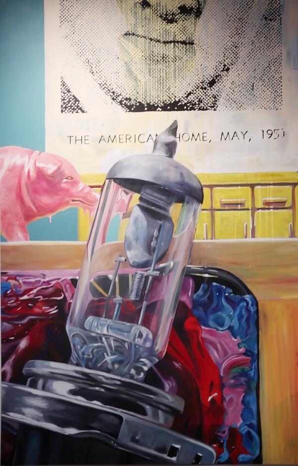 The American Home de Luciano Goizueta posee dos piezas. En la fotografía se encuentra la abstracción de una pieza más pequeña. El detalle de la pintura reúne toma una sección de la pieza pequeña y la magnifica.