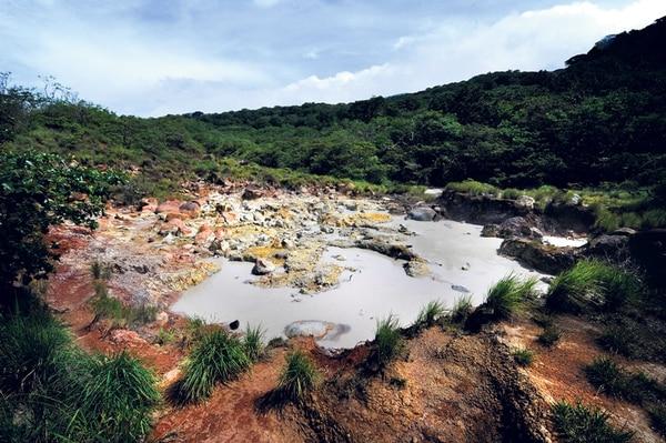 La laguna fumarólica tiene temperaturas entre los 75 y 106 grados celsius. | JOHN DURÁN