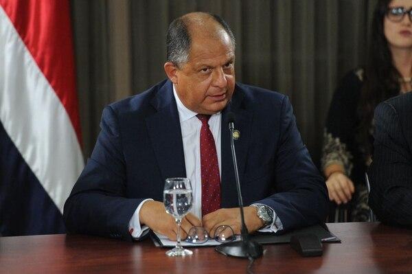 El presidente Luis Guillermo Solís le solicitó la renuncia a la diputación a Víctor Morales Zapata para que aclare las dudas que hay sobre su relación con el empresario Juan Carlos Bolaños.