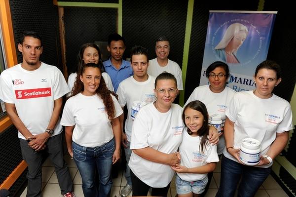 """En la emisora se habla del """"milagro del voluntariado"""" pues radio María funciona sin publicidad, pero muchas manos están dispuestas a colaborar.   DIANA MÉNDEZ"""