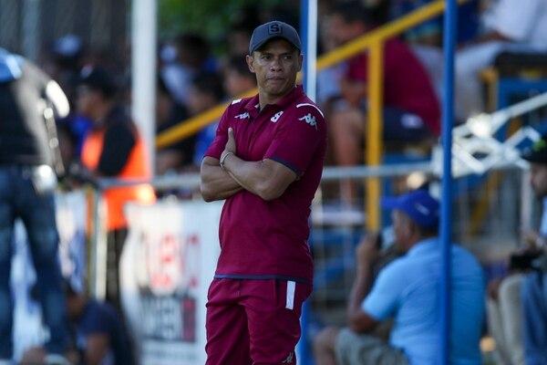 Wálter Centeno, entrenador del Deportivo Saprissa, en el juego del pasado miércoles ante Jicaral. Foto: José Cordero