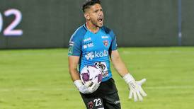 Un tormento menos para Alajuelense: Leonel Moreira seguirá como guardián del arco rojinegro