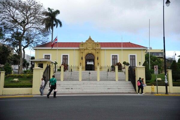 La Cancillería confirmó que los servicios en embajadas y consulados funcionan con normalidad. Foto de: Diana Méndez.