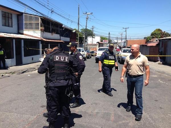 Un hombre fue asesinado a balazos en una calle en la ciudadela 25 de julio en Hatillo centro, San José.