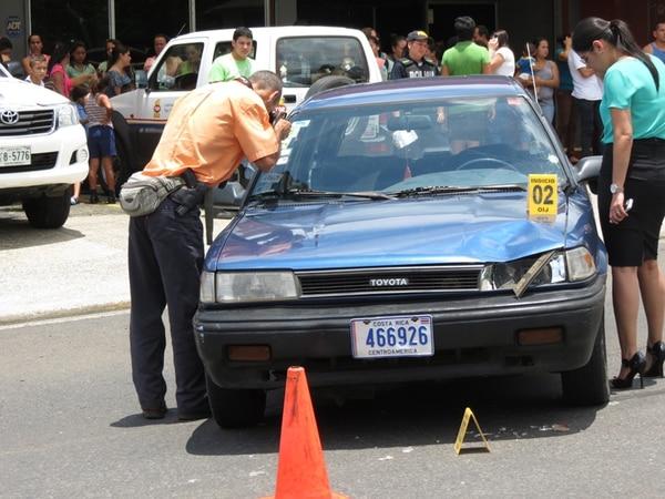 Las autoridades indicaron que la alcoholemia realizada al conductor del automóvil que atropelló a la niña dio resultado negativo. | CARLOS HERNÁNDEZ.