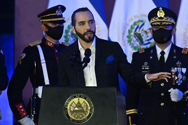 Salvadoran President Nayib Bukele delivers a speech during the commemoration of the Day of the Salvadoran Soldier and the 197th anniversary of the Salvadoran Armed Forces, at the Captain General Gerardo Barrios Military School, in Antiguo Cuscatlan, El Salvador, on May 7, 2021. (Photo by MARVIN RECINOS / AFP)