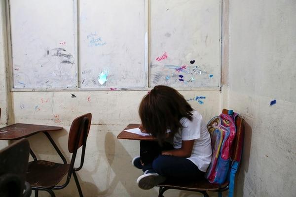 Proyecto beneficiará a 43.000 estudiantes   MAYELA LÓPEZ.