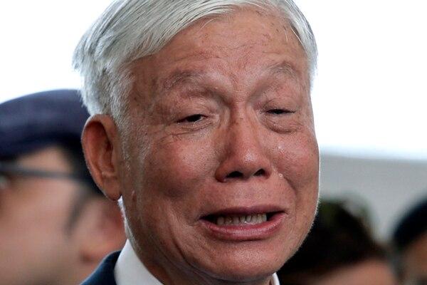 Chu Yiu-ming habló con los medios de comunicación después de la sentencia del tribunal de Hong Kong, el 24 de abril de 2019 AP