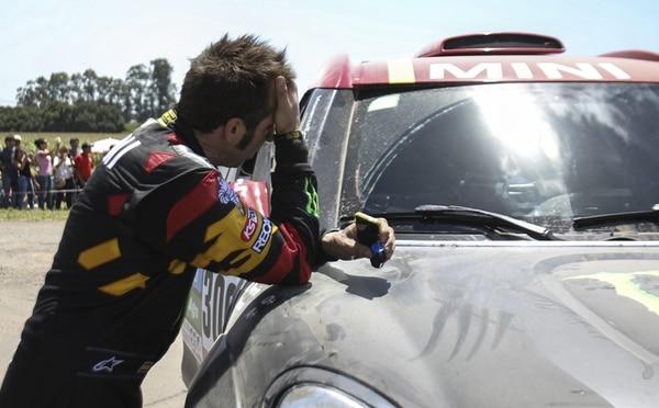 Nani Roma, campeón del Dakar, tuvo una pésima jornada ayer. | EFE