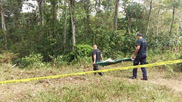 El cuerpo de la mujer se encontraba en una área solitaria en Isla Chica.