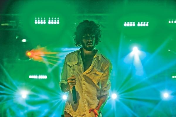Javier Arce, cantante de Cocofunka. / Fotografía: Camille Zurcher.