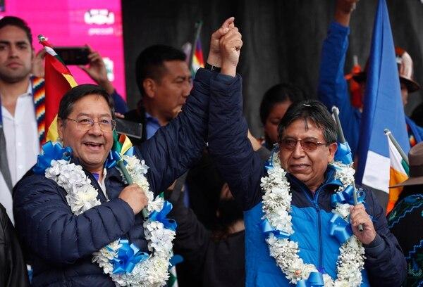 Luis Arce Es el candidato presidencial por el MAS. David Choquehuanca (derecha) es el postulado a la vicepresidencia.