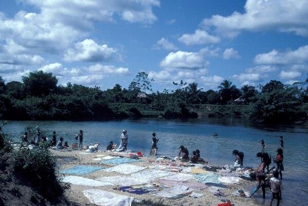 La Mosquitia, de 16.997 km², se localiza en el Caribe hondureño y en ella viven 100.000 personas, de las cuales 36.000 son misquitos. | PHOTONONSTOPPARA LN
