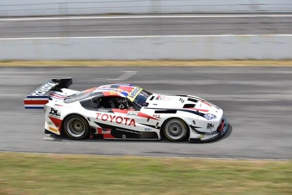 Amadeo Quirós y Emilio Valverde a bordo del Toyota Supra se llevaron el primer lugar de la GT1 y del absoluto este sábado en la final del GT Challenge de las Américas.