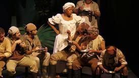 De 'Mamita Yunai' a 'Alicia en el país de las maravillas': teatro gratuito hecho en Costa Rica para quedarse en casa