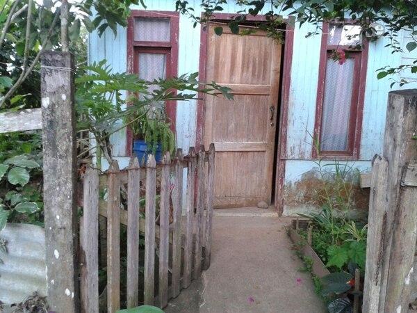 Esta es la entrada de la casa de Felicita Zamora. Foto: Franklin Gutiérrez