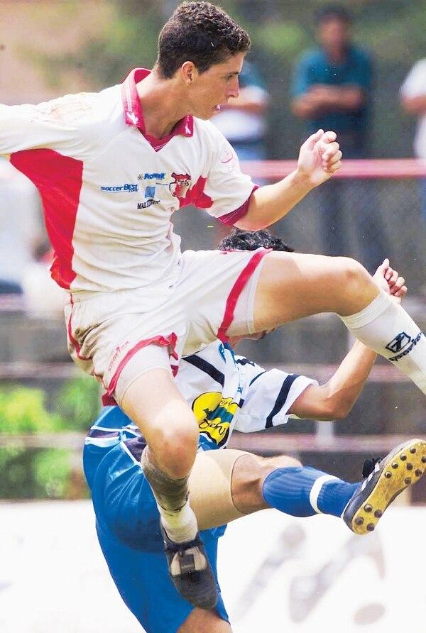 Pablo Gabas brilló con Santa Bárbara y al año pasó a la Liga. Fotografía: Carlos Borbón / Archivo LN