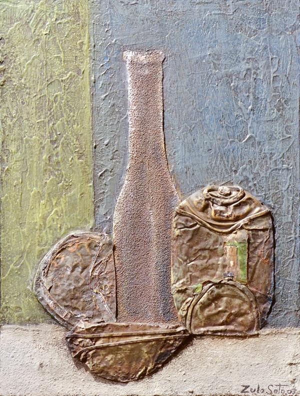Bodegón con botella . Collage y acrílico. Fotografía: Mariandrea García.