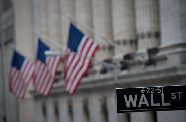 Wall Street al alza después de varios días de pérdidas. Los índices bursáties subían al ritmo del 1% al medio día. Foto: Bryan R. Smith / AFP
