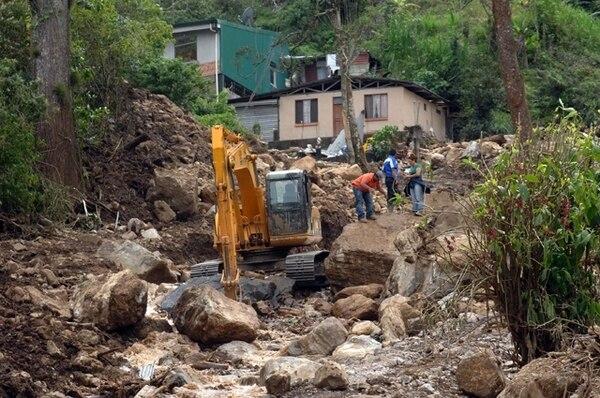 El último fenómeno de La Niña –exceso de lluvias, entre otros– en el país se dio entre mayo del 2010 y marzo del 2012. Precisamente, en diciembre del 2010 la tormenta Tomás destrozó Calle Lajas, en Escazú. | ARCHIVO