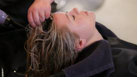 Consejos para mantener el cabello hidratado durante la temporada de lluvia