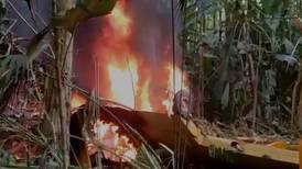 (Video) Piloto sobrevive a caída de avioneta fumigadora en 24 Millas de Batán