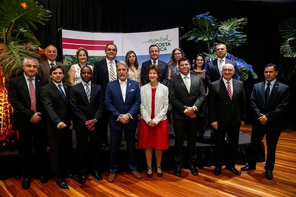Especialistas en diversos campos, como médicos y dirigentes de organizaciones sociales, se convertirán en embajadores del turismo de reuniones, pues irán a presentar la candidatura de Costa Rica, asesorados por el ICT.