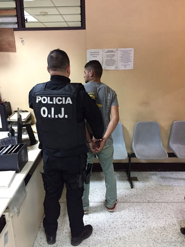 Este es el detenido, de apellidos Bermúdez Castillo, de 19 años.