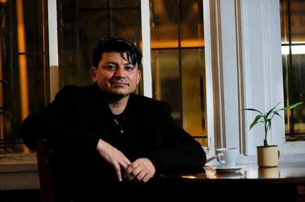 En febrero, 'Viva' publicó una entrevista con Randall Roque a propósito de la publicación de 'Isla Pop'.
