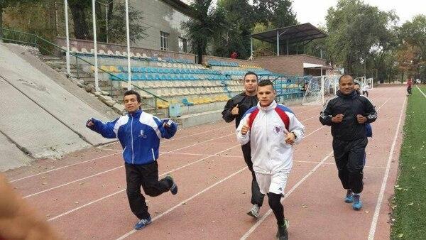Boxeadores ticos en el Mundial en Kazajistán.