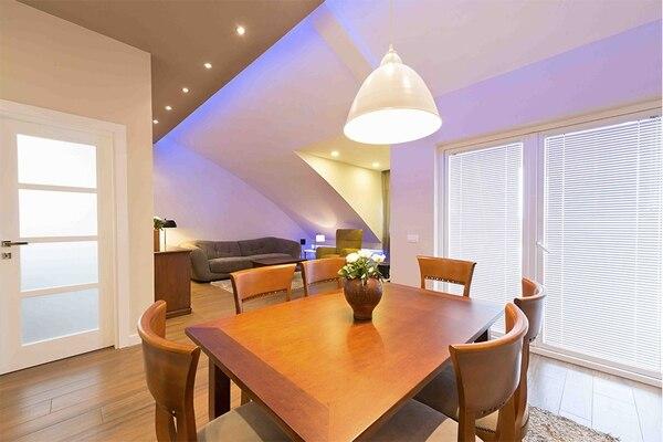La vida útil de una luminaria LED puede ser hasta 35 veces mayor que la de un bombillo tradicional.