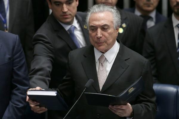 Michel Temer prestó juramento el miércoles en la tarde en el Senado, en Brasilia.