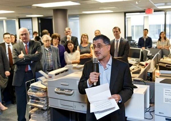 Los periodistas y editores del The Washington Post celebraron. | AP