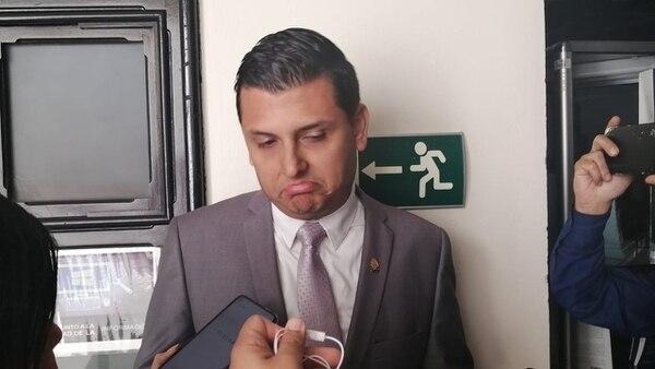 El diputado del PLN, Danuiel Ulate, fue suspendido temporalmente como militante del partido por haber participado en un acto proselitista del candidado a alcalde del PUSC en Atenas, Wilberth Aguilar. Foto: Aarón Sequieira.