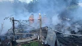Hombre de 37 años  muere y otro resulta con quemaduras graves en incendio en Heredia