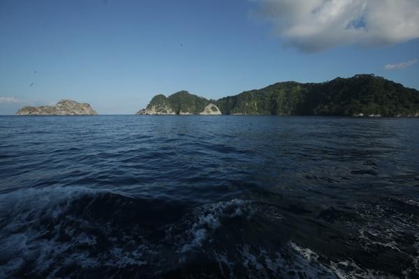 La Isla del Coco se encuentra a 532 kilómetros de distancia Puntarenas, un trayecto que en barco toma un promedio de 36 horas. Fotografía: John Durán